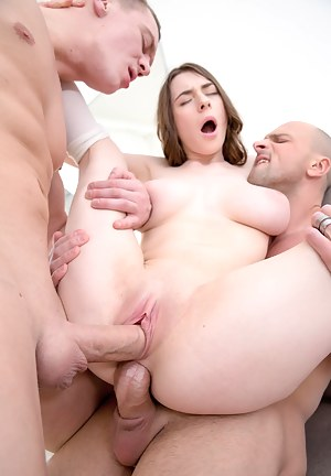 Big Boobs Double Penetration Porn Pictures