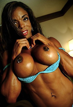 Big Boobs Muscle Porn Pictures